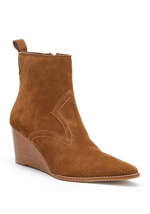 Essentials Wedge Boots