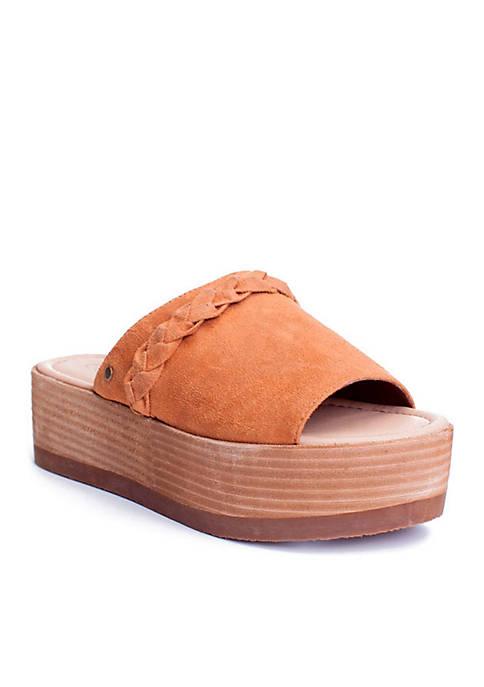 Labelle Shoe