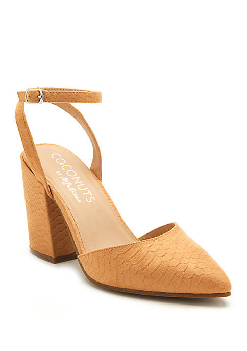Coconuts by Matisse Ritual Sandal