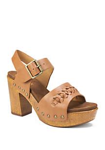 White Mountain Altheda Platform Sandals