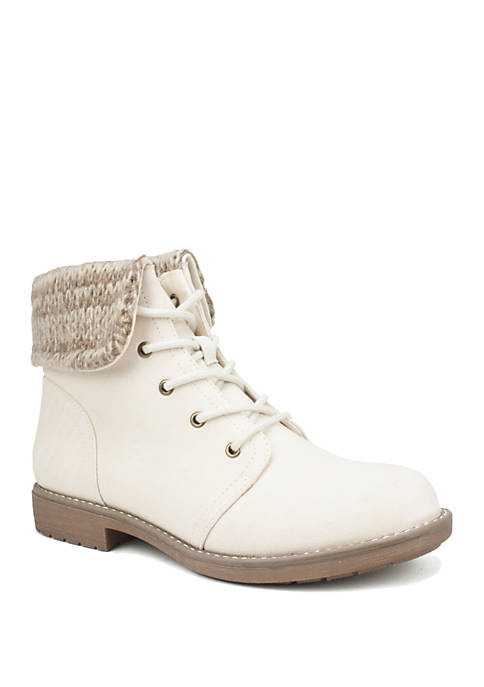 Cliffs by White Mountain Dalpha Ankle Boots