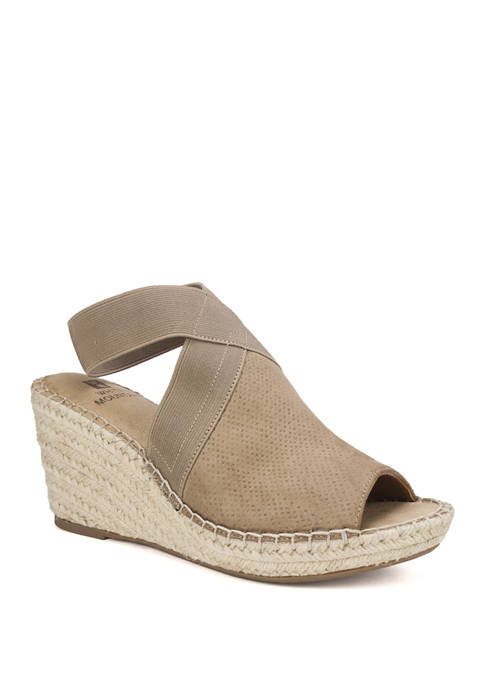 Cliffs by White Mountain Gabbie Wedge Sandals