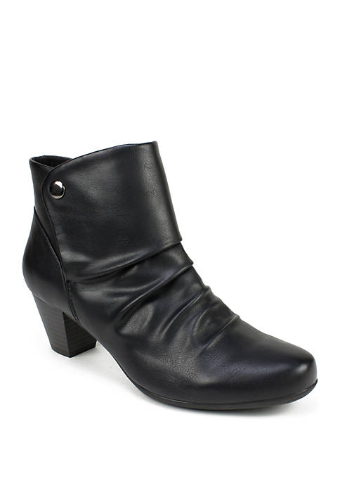 Cliffs by White Mountain Landon Snap Ankle Booties