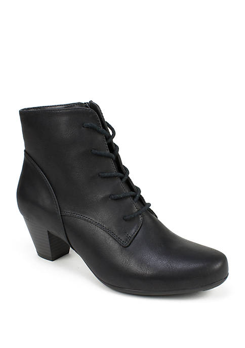 Cliffs by White Mountain Livia Booties