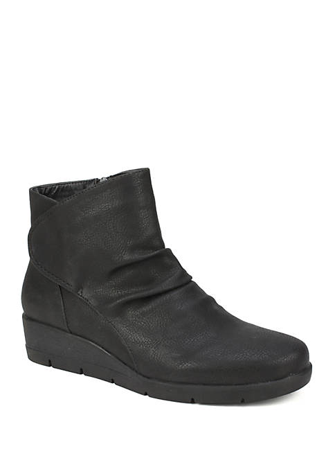 Cliffs by White Mountain Terry Wedge Ankle Boots