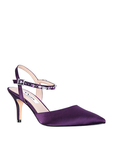 Nina Tonya Pointed Toe Pumps
