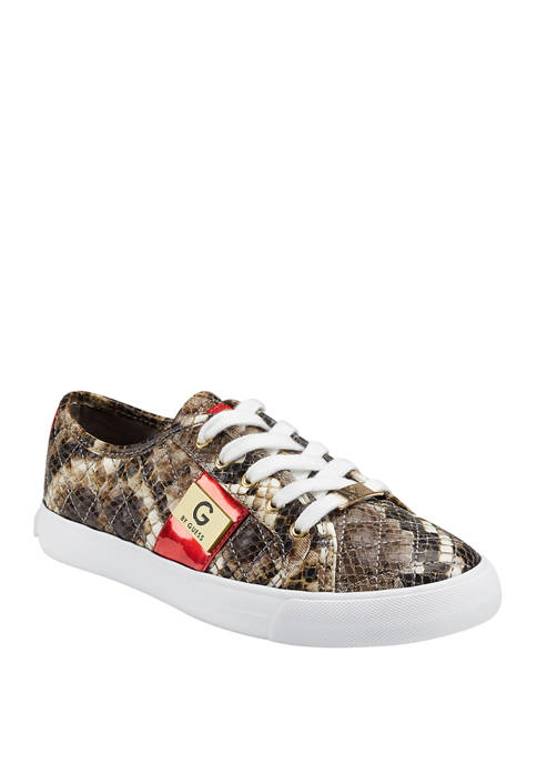 GBG Los Angeles Backer Lace Up Quilted Sneakers