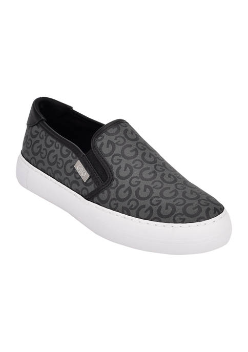 GBG Los Angeles Golly Slip On Sneaker