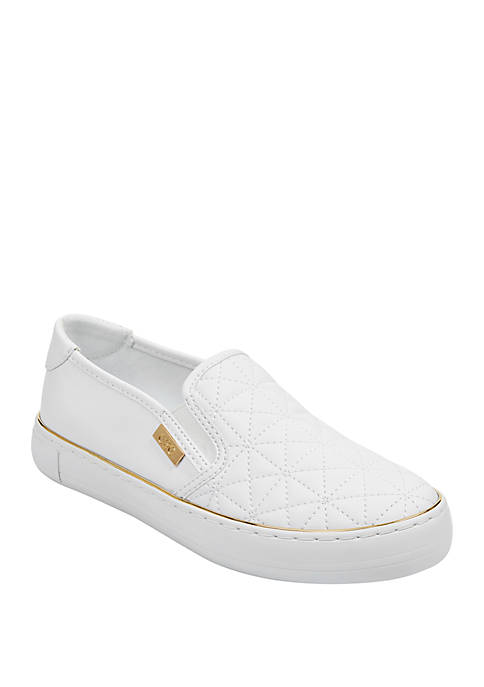 GBG Los Angeles Golly Quilted Slip On Sneakers