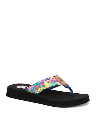 Yellow Box Kazen Abstract Floral Print Flip Flops AZCJIspF
