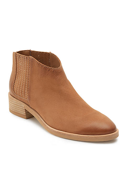 Dolce Vita Towne Boots
