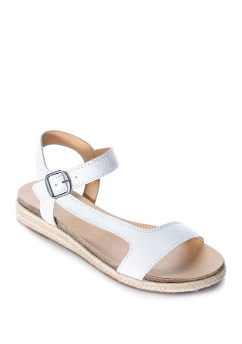 Lucky Brand Gabrien Trail Sandals