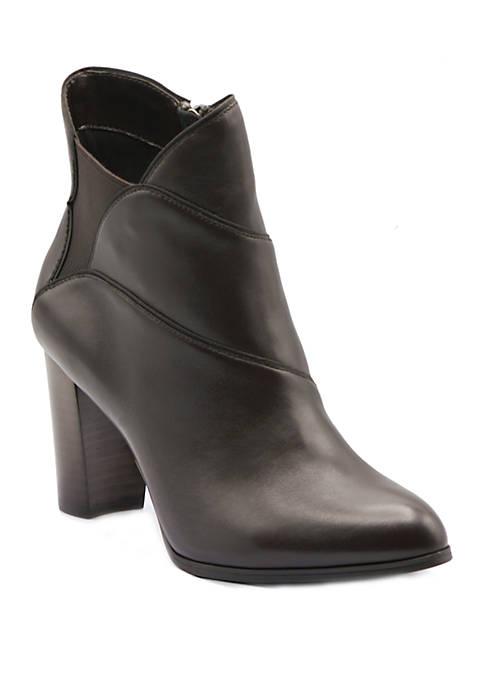 Adrienne Vittadini Trella Ankle Booties