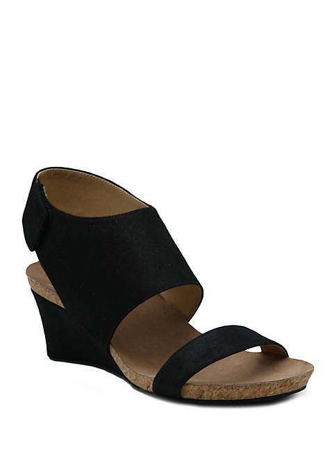 Adrienne Vittadini Trevin Wedge Sandals