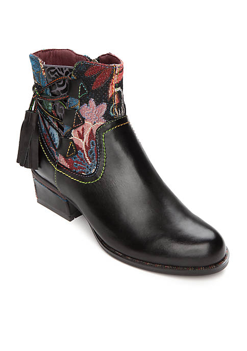 L'Artiste by Spring Step Live Bootie