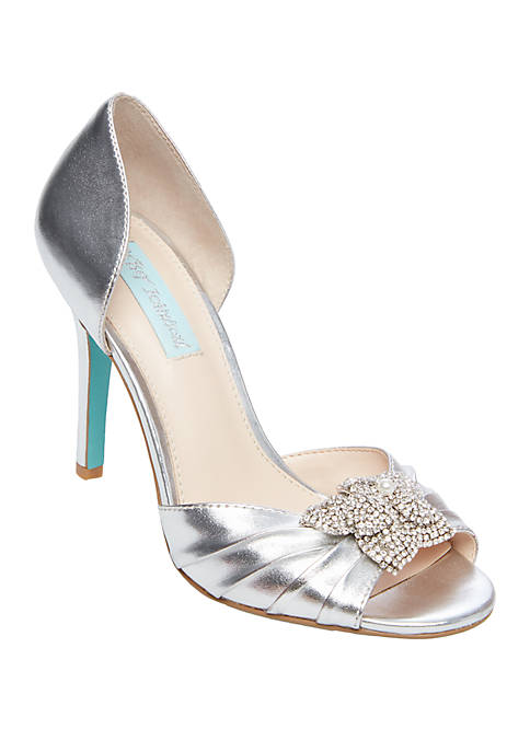 Pleated Pumps