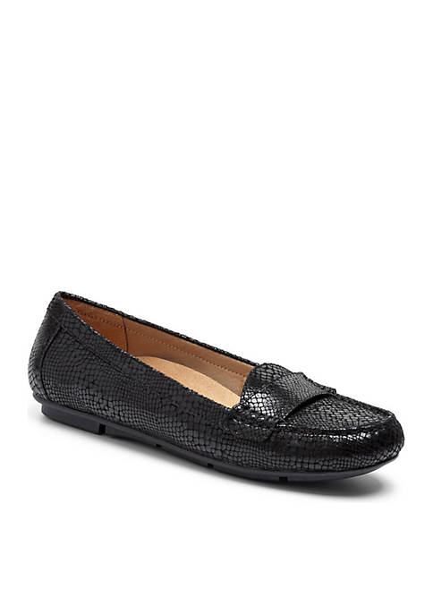 c6800c85065 Vionic Larrun Loafer - Available in Extended Sizes