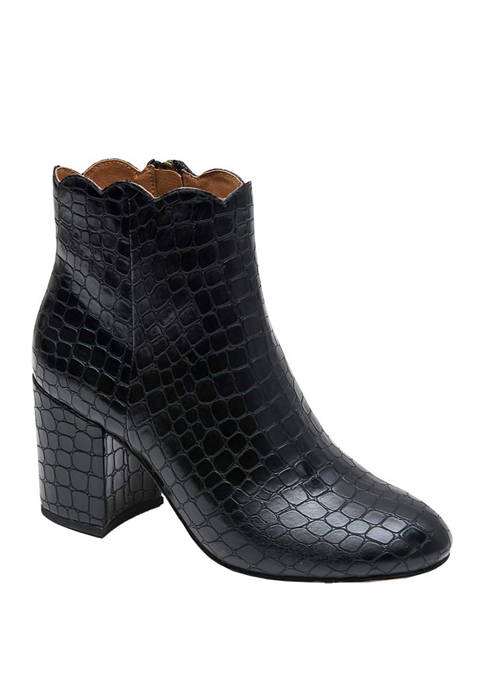 André Assous Sylvania Scallop Top Booties
