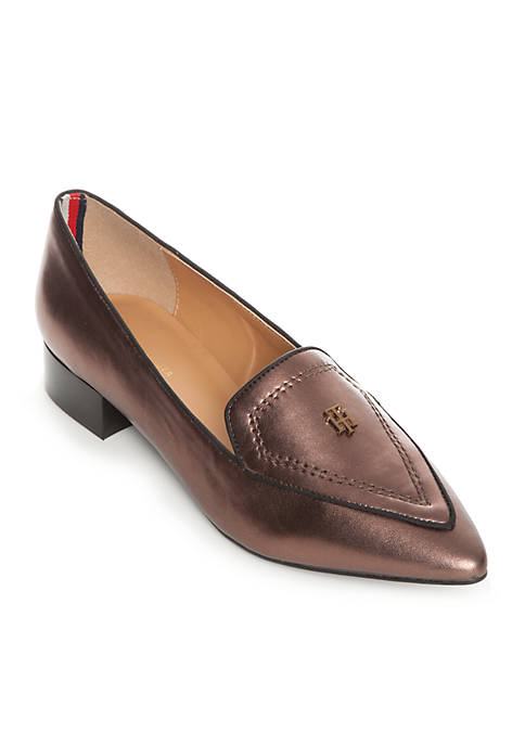 Harvard Pointed Toe Moccasin