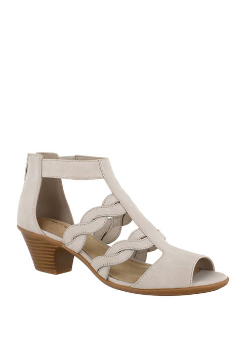 Easy Street Daughtry Sandals