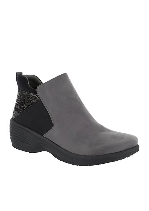 Easy Street Solite By Utopia Boot