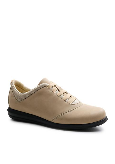 Dynamic Sneaker