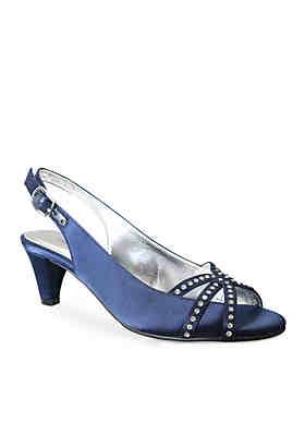 a5233712f7 Women's Narrow Width Shoes, Sandals & Boots   belk