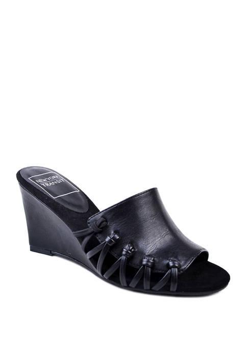 Warmness Sandals