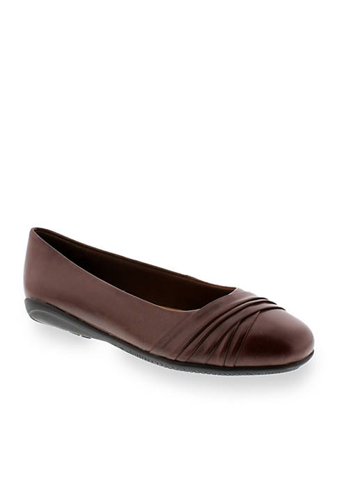 Flick Flat - Available in Extended Sizes - Online Only
