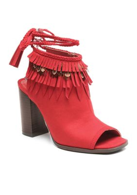 330f9f87f10f3 https://www.belk.com/p/sam-edelman-odila-scalloped-dress-sandals ...