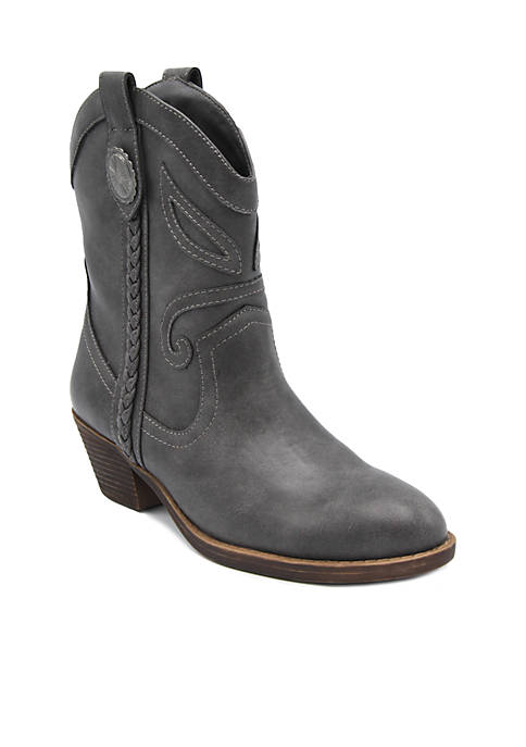 Score Western Ankle Boot