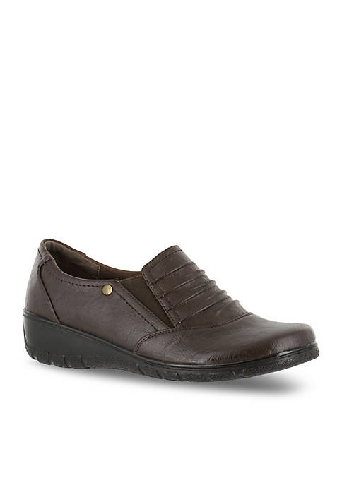 Easy Street Proctor Comfort Slip-On Shoe
