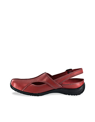 9065e607f963a Easy Street Sportster Comfort Clogs Easy Street Sportster Comfort Clogs ...