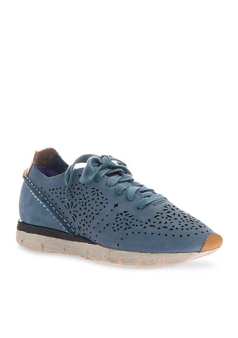 OTBT Khora Athleisure Sneaker