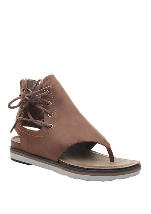Locate Flat Sandals