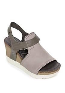 Waypoint Wedge Sandal