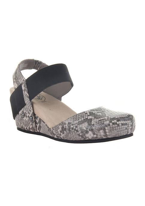 Famous Wedge Heel Shoes
