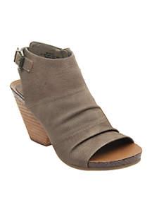 Paeola Shoes