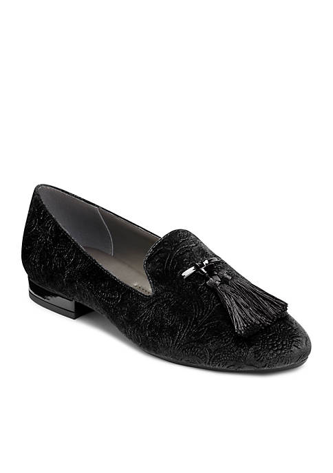 A2 by Aerosoles Roundabout Tassel Loafer