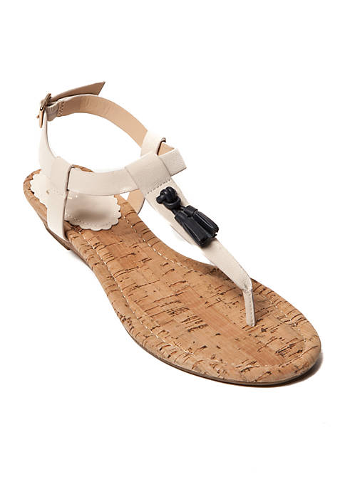 Crown & Ivy™ Beve Wedge Sandals