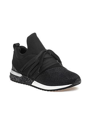 e223542b94889 Zorro Sneakers