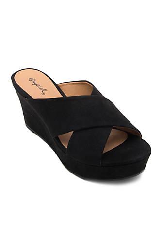 Qupid® Ebbe Sandals