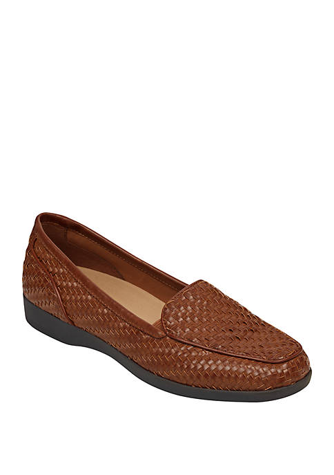 Easy Spirit Devitt 8 Loafers