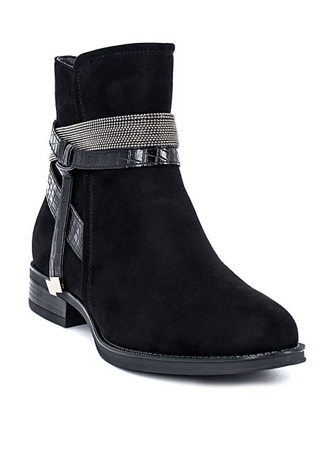 G.C. Shoes Elanor Flat Ankle Boot