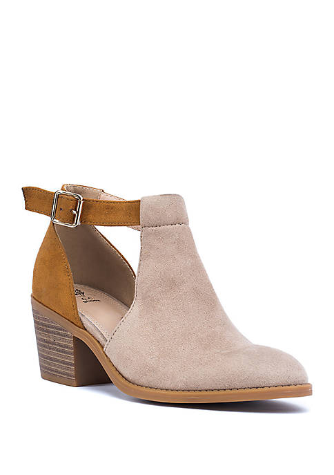 G.C. Shoes Harley Cut Out Ankle Boot