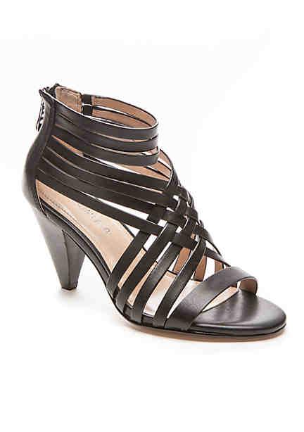 Womans Clarks Peep Toe Black Patent Leather Shoes Size 3