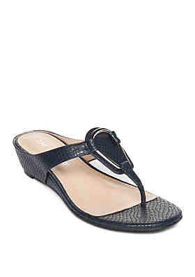 518a02c64931ff Clearance: Women's Sandals & Flip Flops | belk