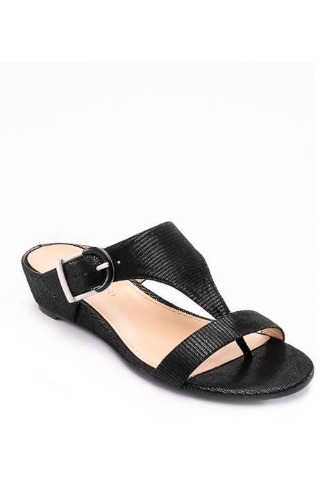 izzy Sandals