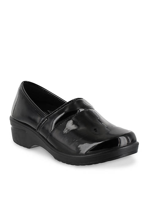 Easy Works by Easy Street Lyndee Patent Shoe
