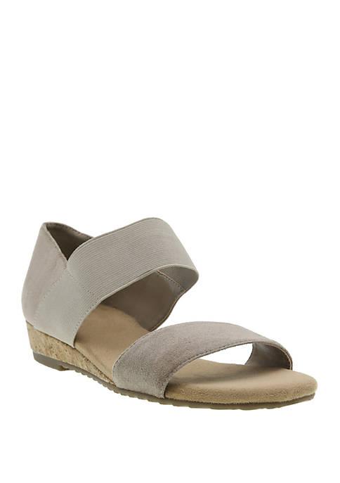 Range Stretch Sandals